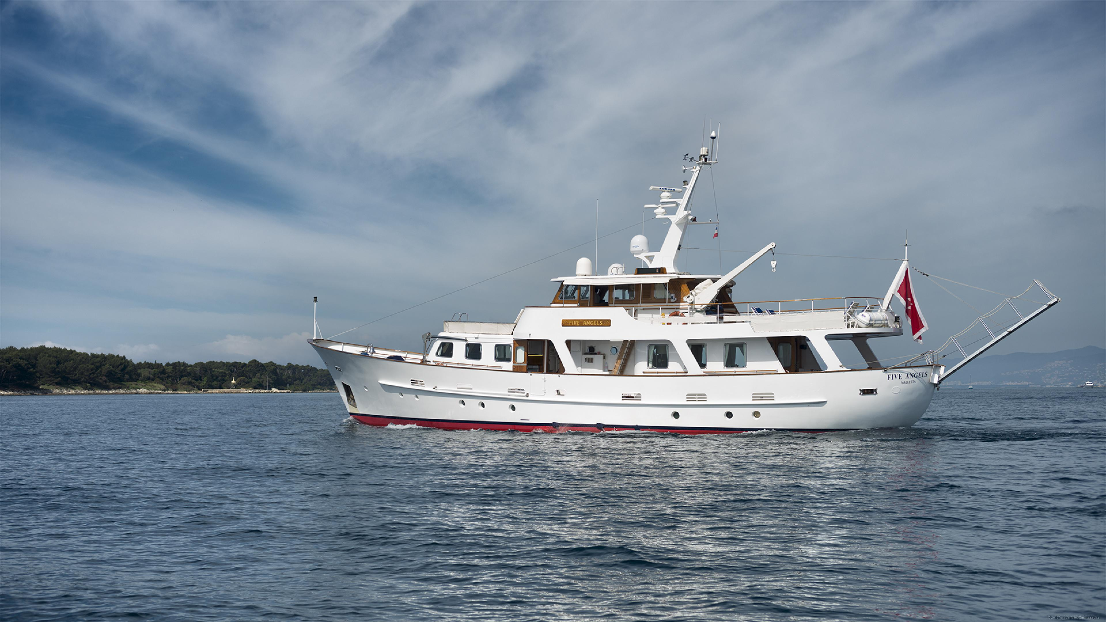 Cammenga 85 pacific class van der vliet quality yachts for Angel boats and motors