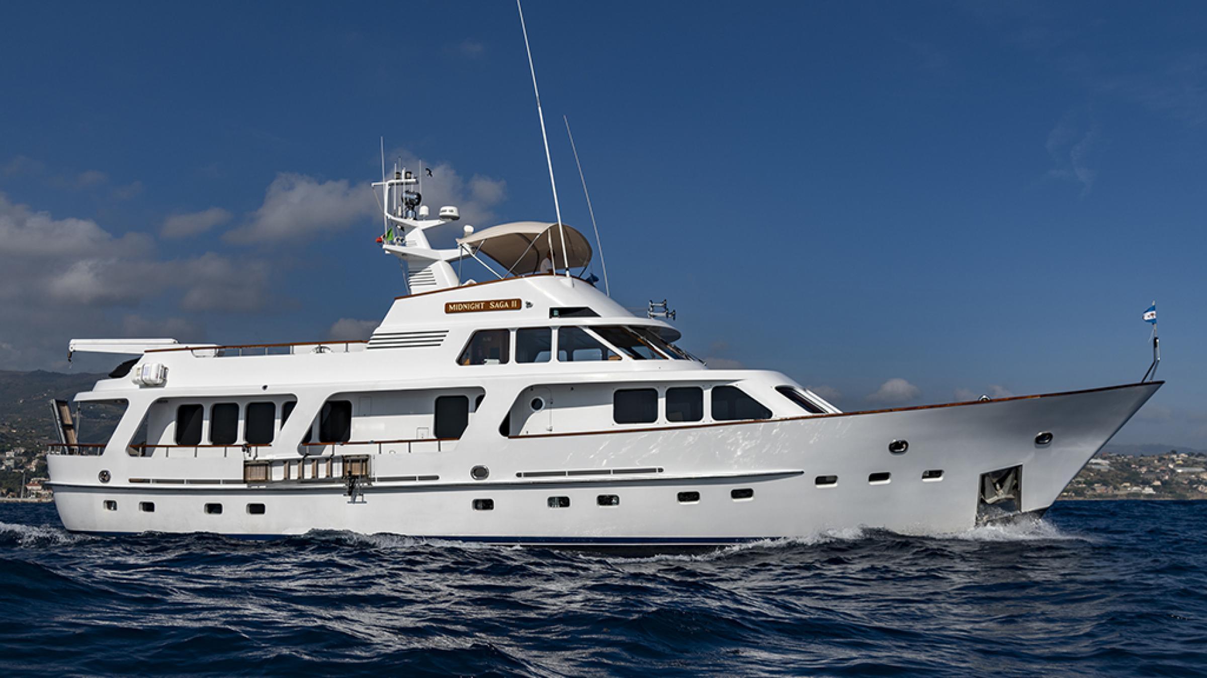 Price Reduction Moonen 85 Long Range Cruiser