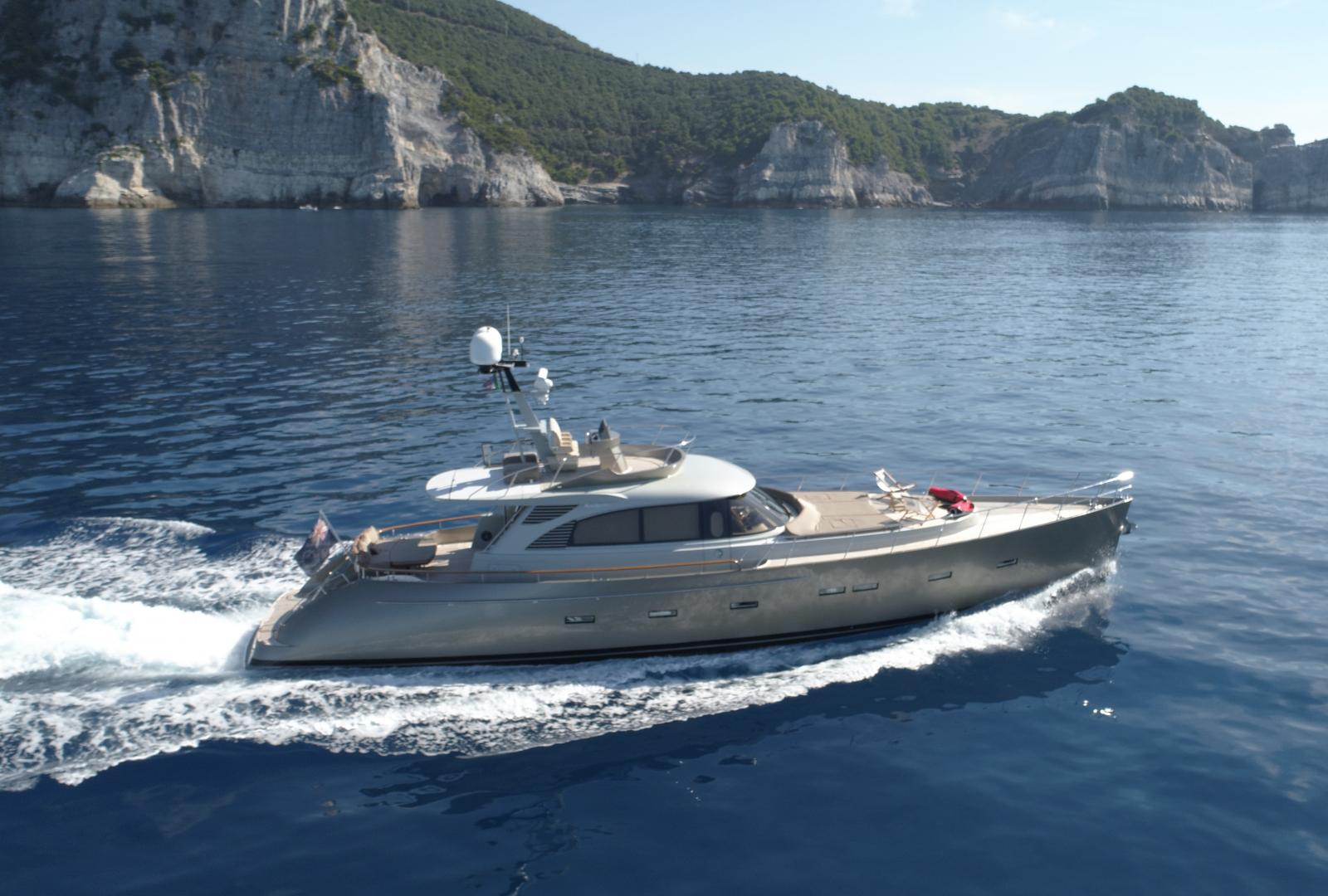 This Acico motor yacht AY74 named Jasmine has been sold by Van Der Vliet Dutch Quality Yachts