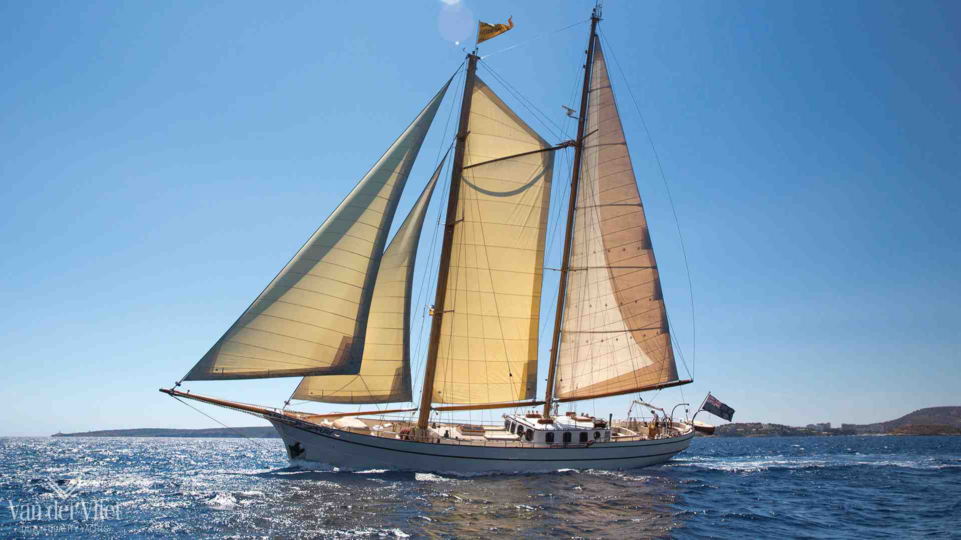 [Imagen: steel-sailing-yacht-for-sale-dutch-class...r-01_0.jpg]